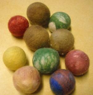 mini cat balls