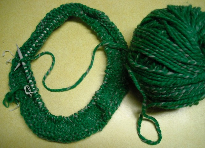 kelly green for knitting hat